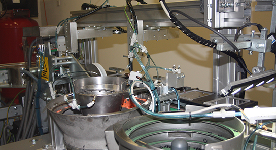 Maquina ensambladora placas petri 5