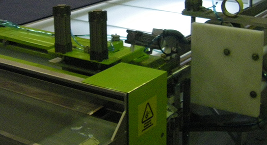 SDM maquina de soldadura de tela mosquitera 9